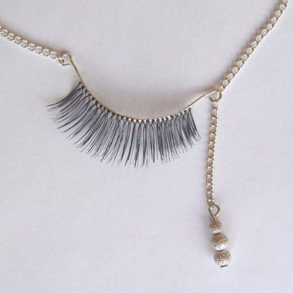 fake eyelash necklace