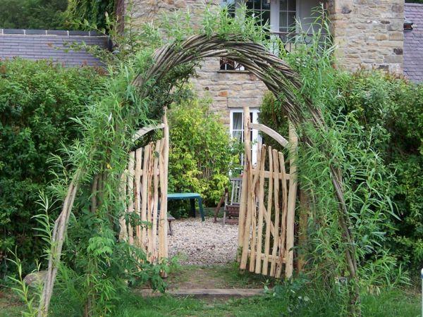 weidenzaun selber machen in 20 beispiele bogen im garten machen, Garten und Bauen