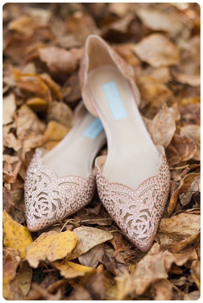 Melanie Bennett Photography Canmore Wedding Photographer Fall Wedding Mountain Wedding Betsey Johnson Shoes
