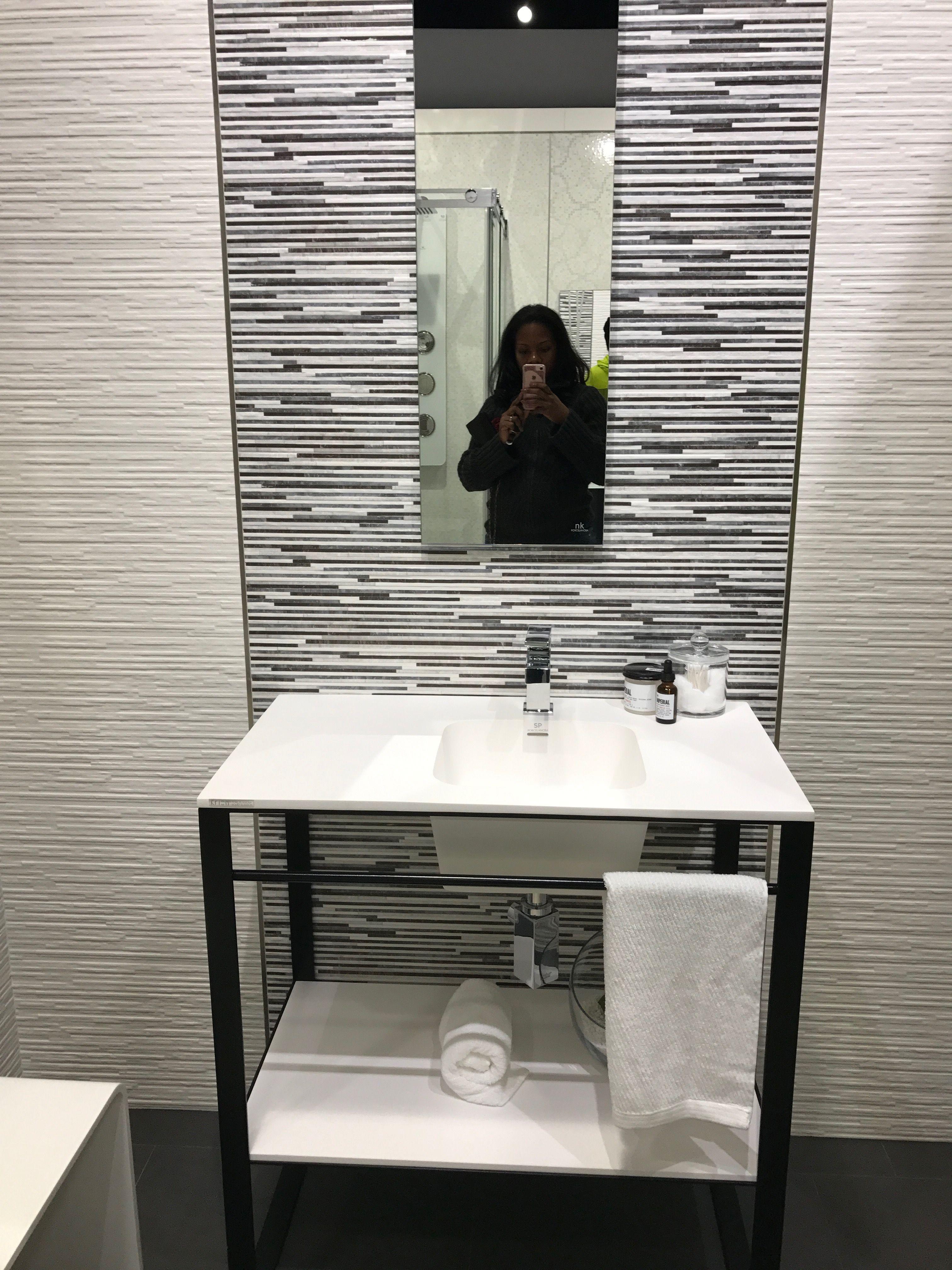 Pin by Anj on bath   Mirror selfie, Bath, Mirror