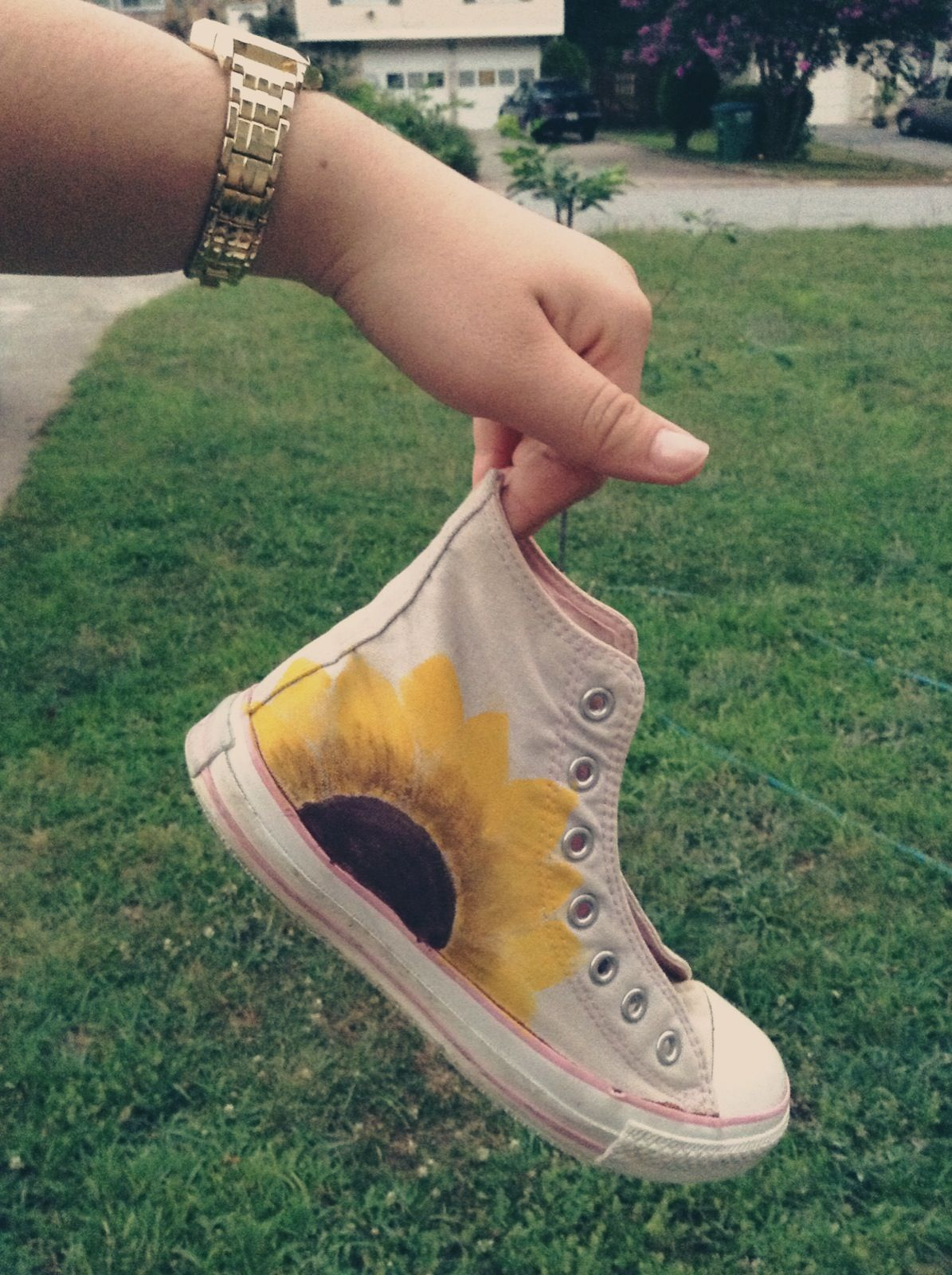 I painted my old converse | Diy