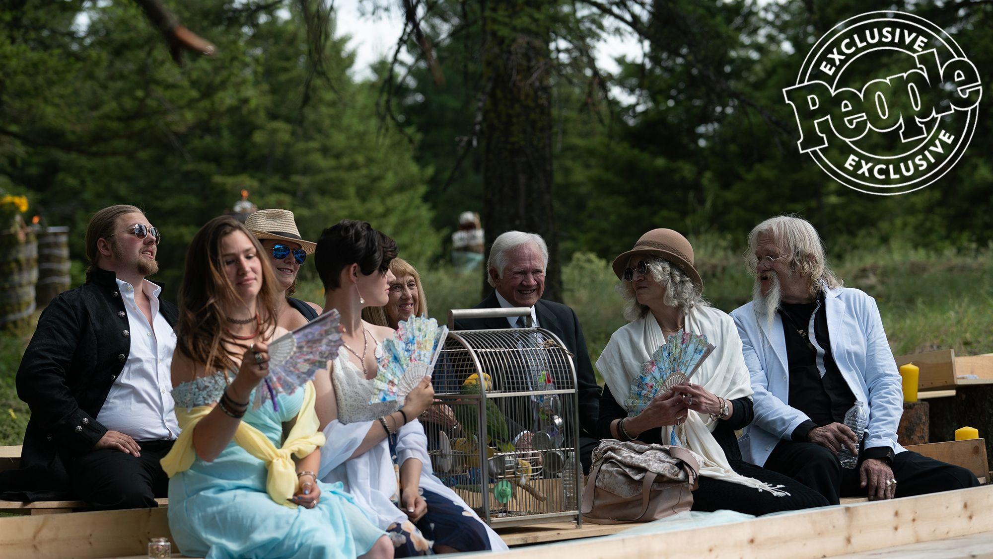 Alaskan Bush People S Gabriel Starbuck Brown Marries Raquell Rose