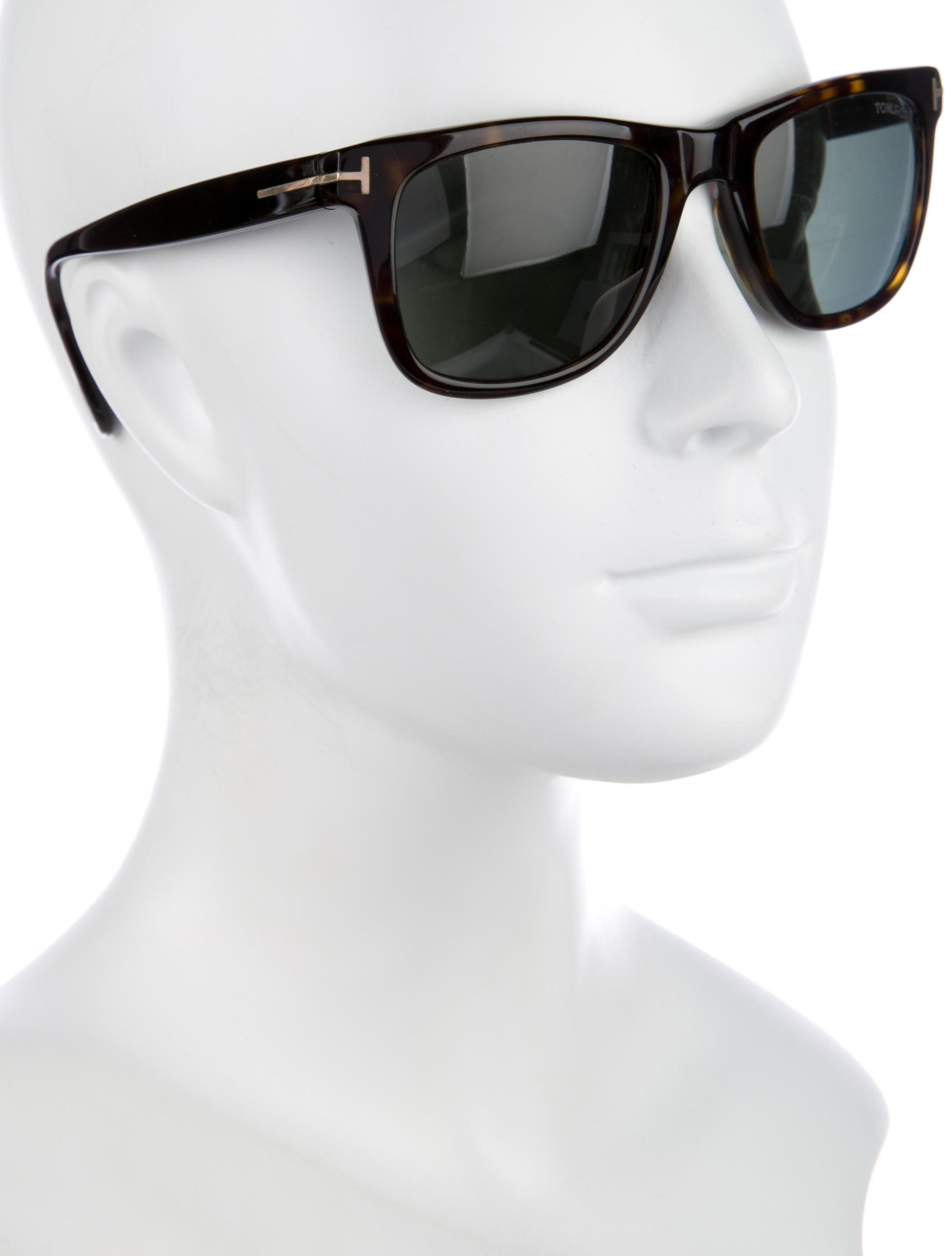 775c3453b4a Brown tortoiseshell acetate Tom Ford Leo sunglasses with gold-tone hardware  and tinted lenses. Includes case.