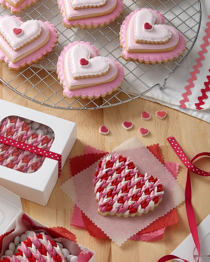 Valentine S Day Heart Cookies Valentines Day Candy In 2018