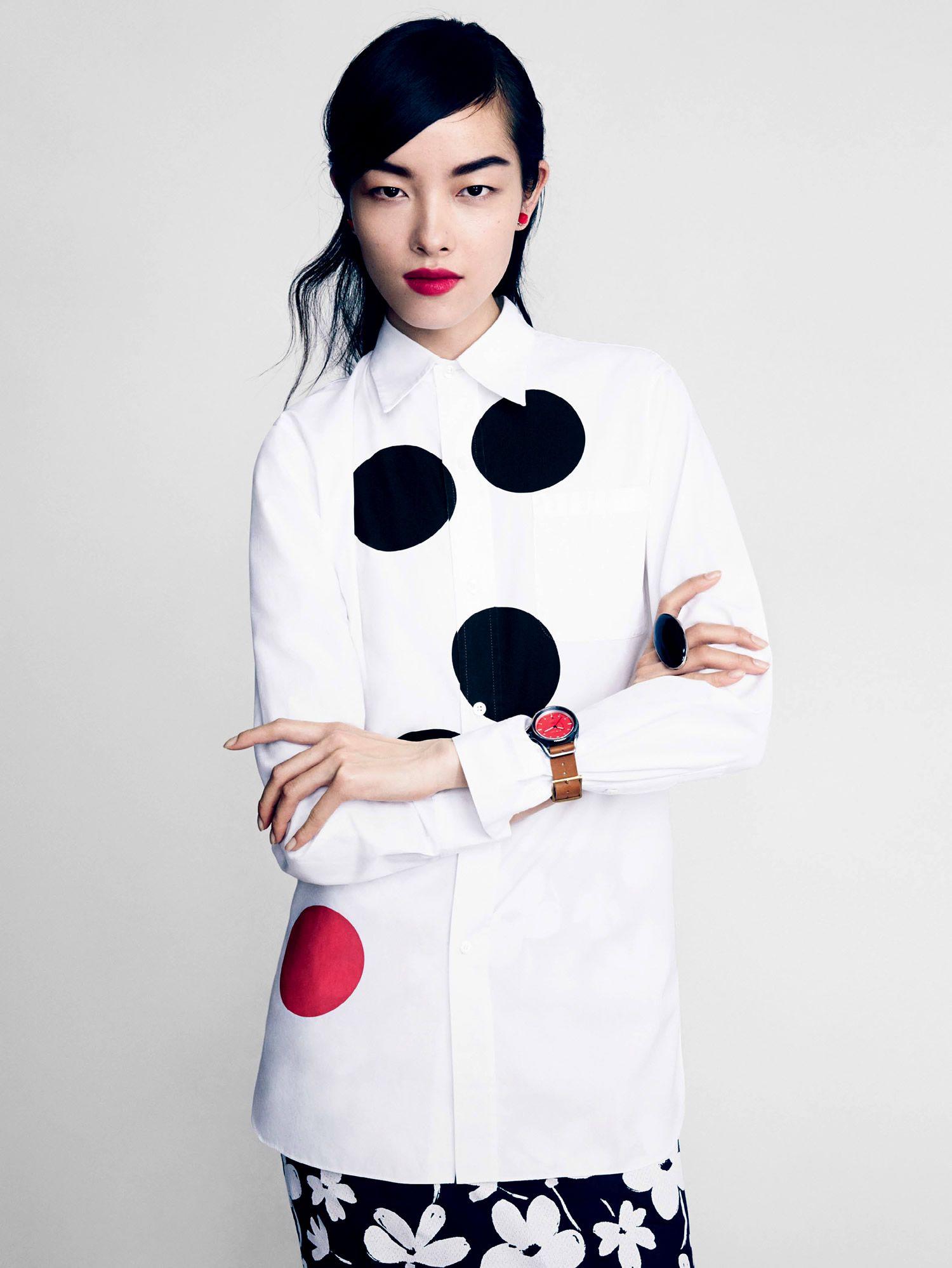 Top Form I US Vogue I February 2014 I Models: Sun Feifei, Sasha Pivovarova, Anais Mali I Photographer: Patrick Demarchelier I Editor: Sara Moonves.