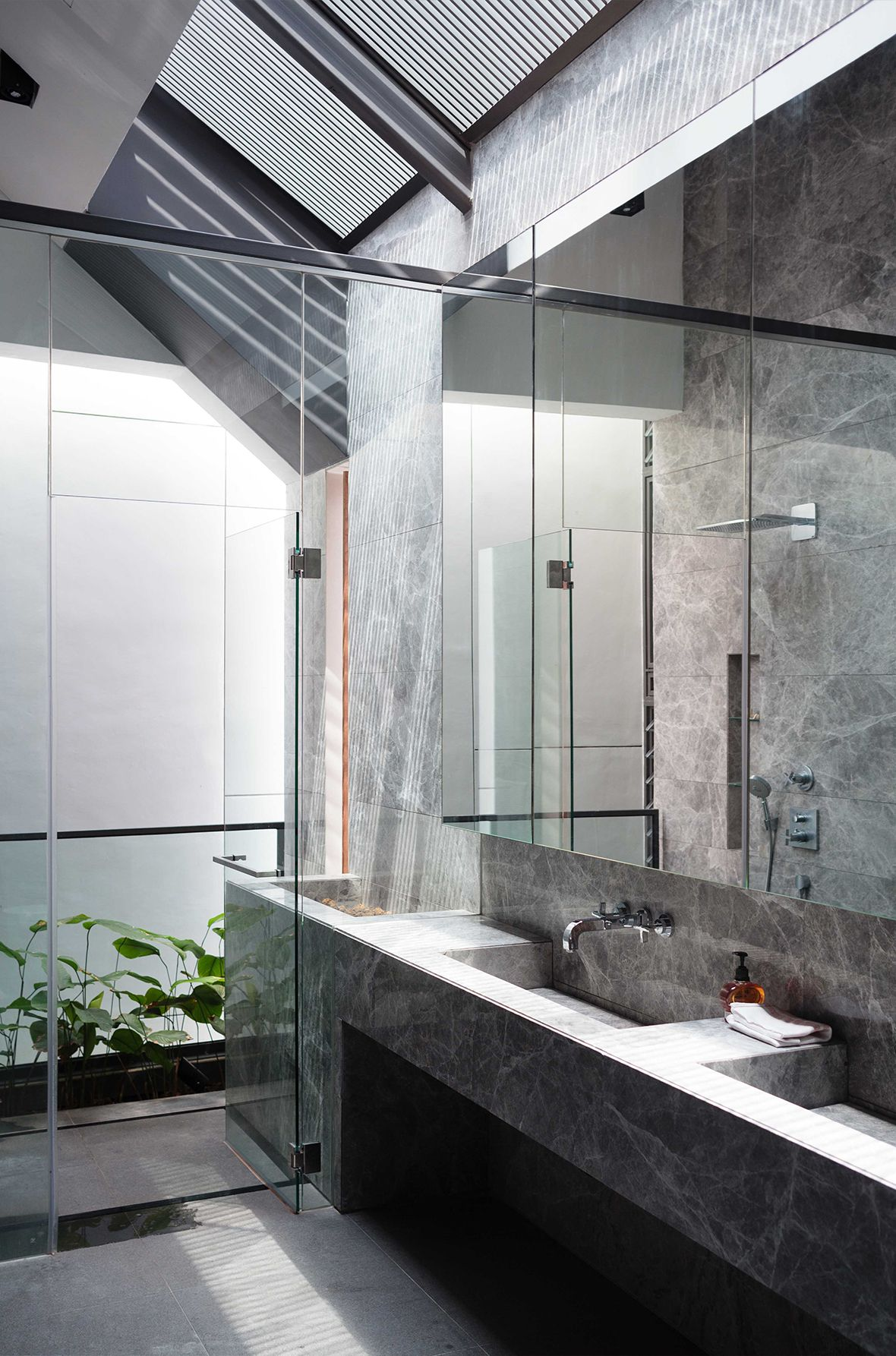 Pin by Serene Ch\'ng on Bathroom | Pinterest | Condominium, Singapore ...