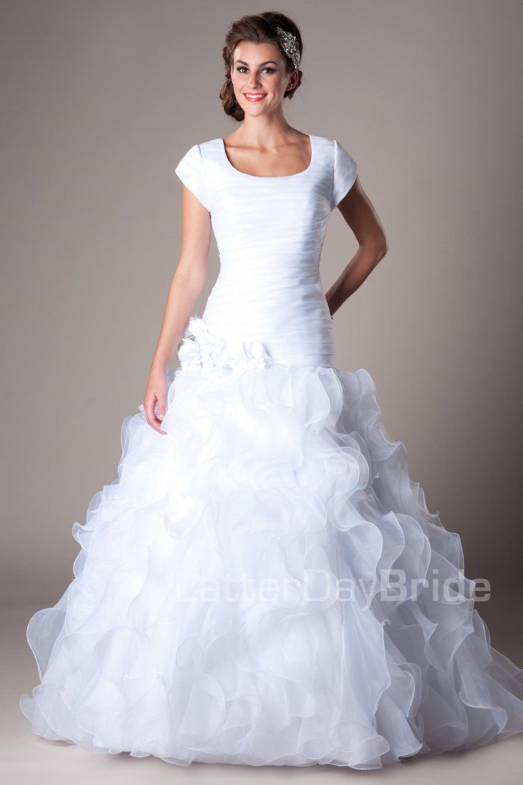 Cheap modest wedding dresses  How to find your Dream Wedding Dress Online  Temple wedding Modest