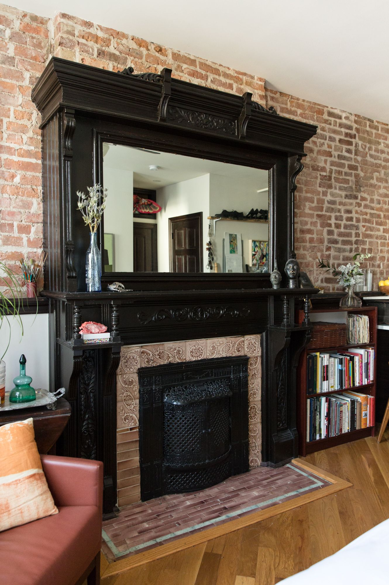 A Charming 280-Square-Foot Crown Heights Studio   Living ...