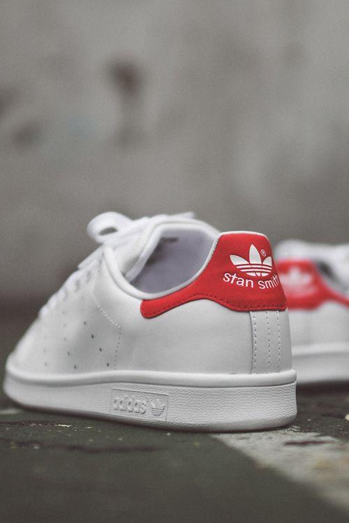 79dac534977 adidas Originals Stan Smith OG: White/Red Rode Sneakers, Adidas  Gymschoenen, Lederen