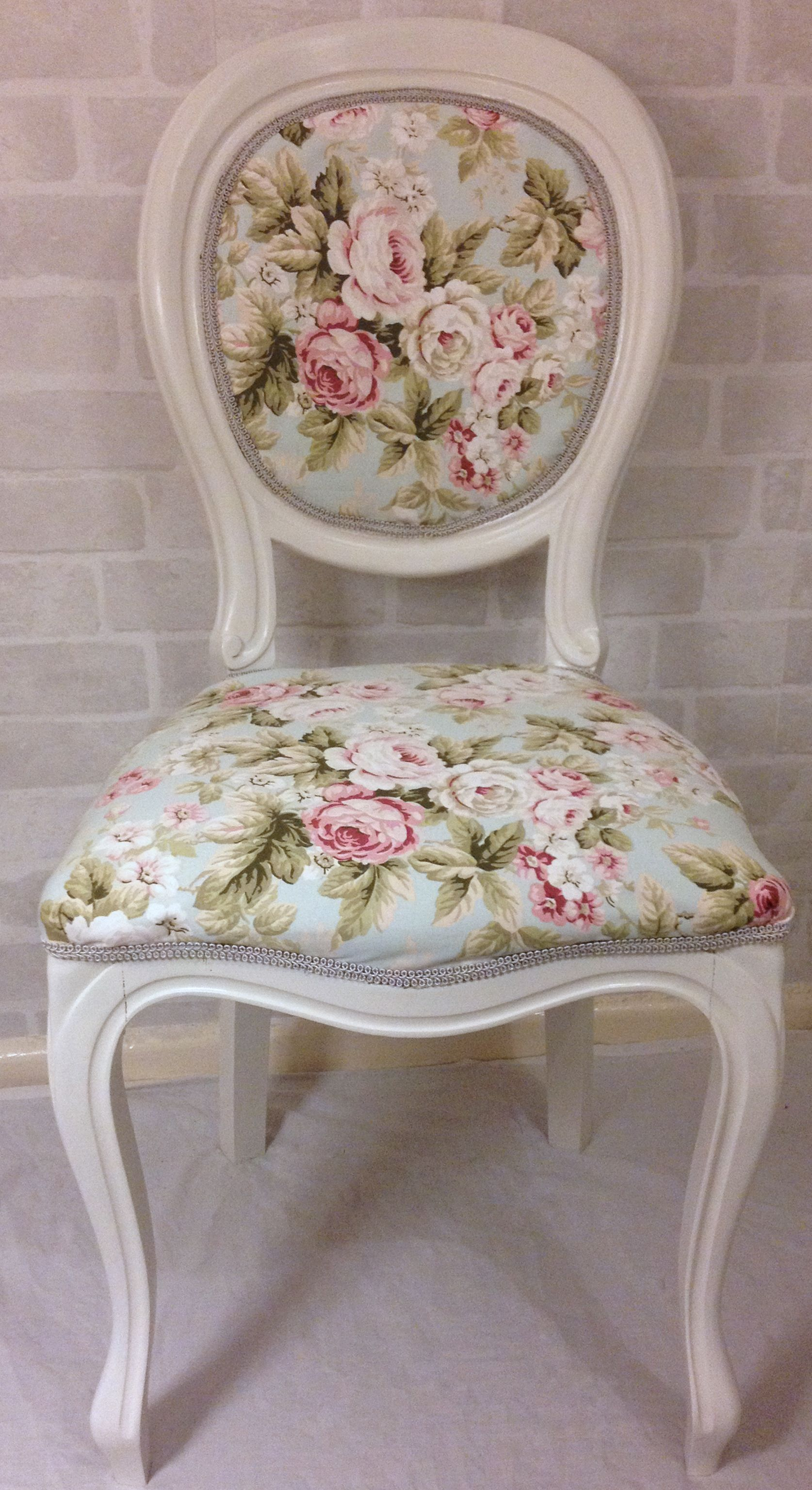 Beautiful Pale Cream And Duck Egg And Pink Floral Vintage Occasional
