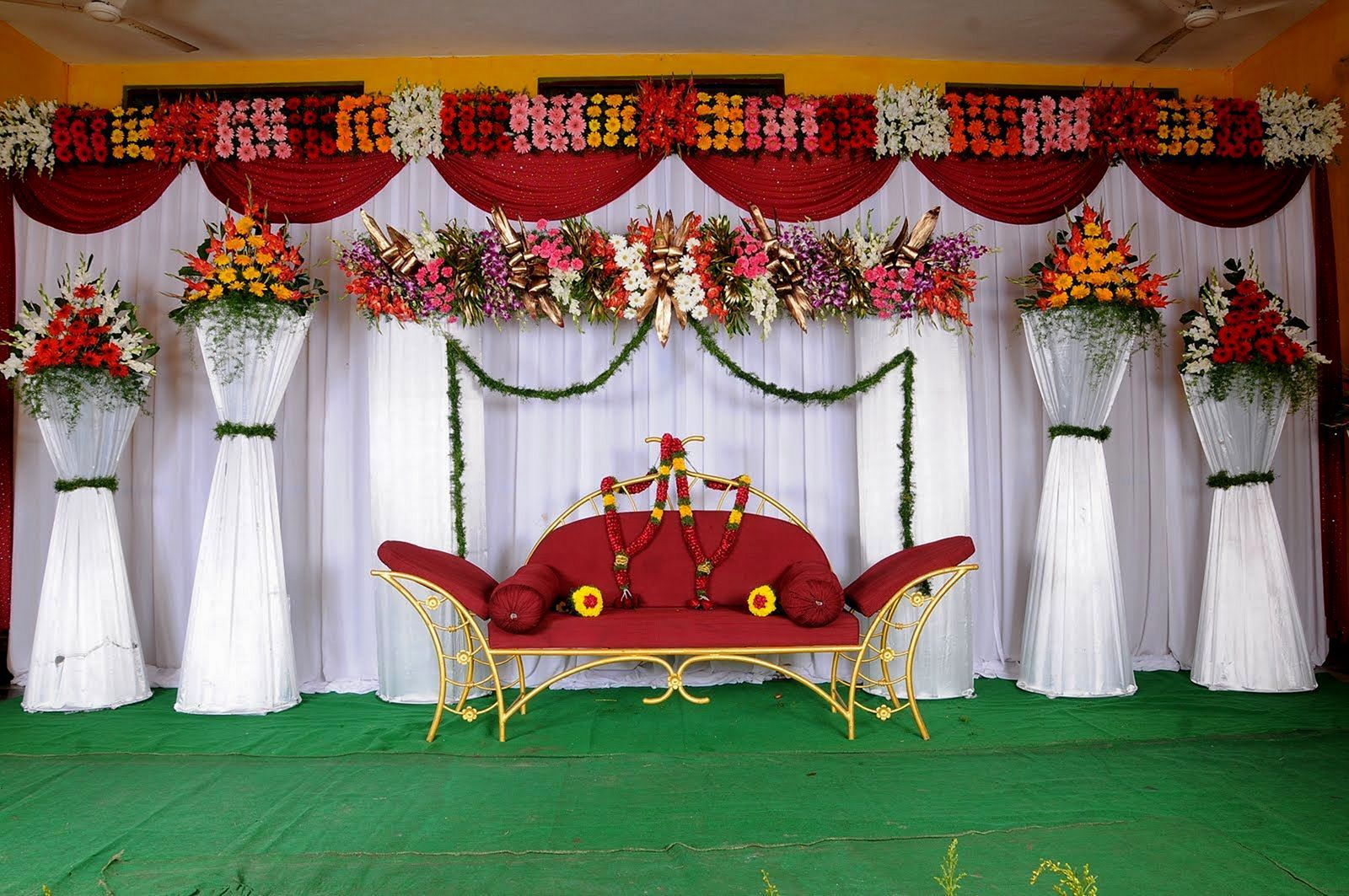 Wedding stage simple decoration images   Best Design Wedding Stage Ideas For Your Awesome Wedding