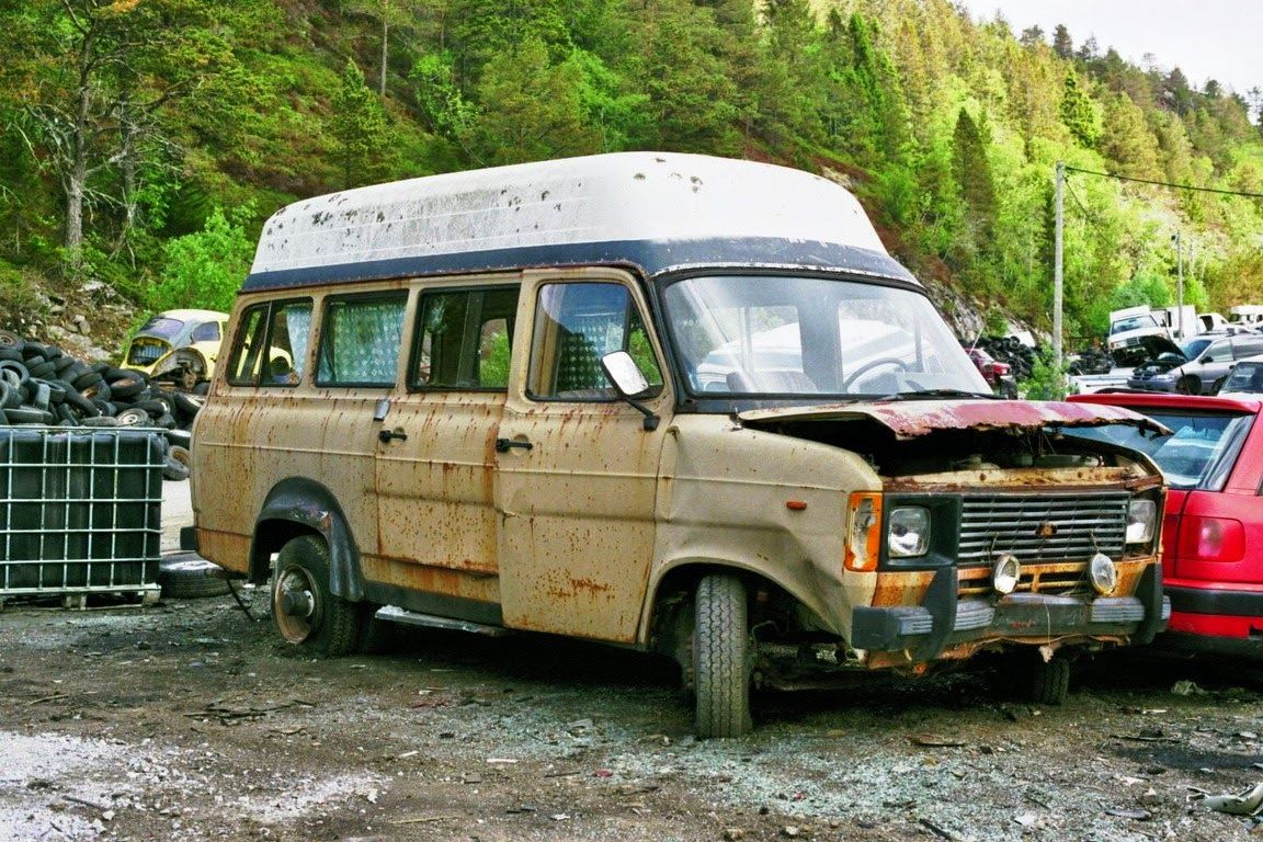Pin By Sretan Radalj On Scrap Yards Abandoned Cars Barn Finds Ford Transit Old Ford Trucks Abandoned Cars