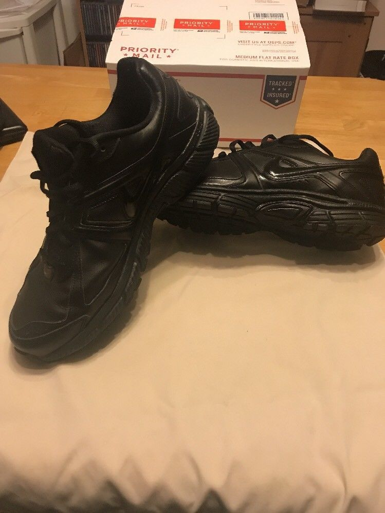 Biblioteca troncal falta cesar  Nike Dart Leather Impact Groove Black Running Shoes Size 11 M NWOT | Black  running shoes, Running shoes, All black sneakers