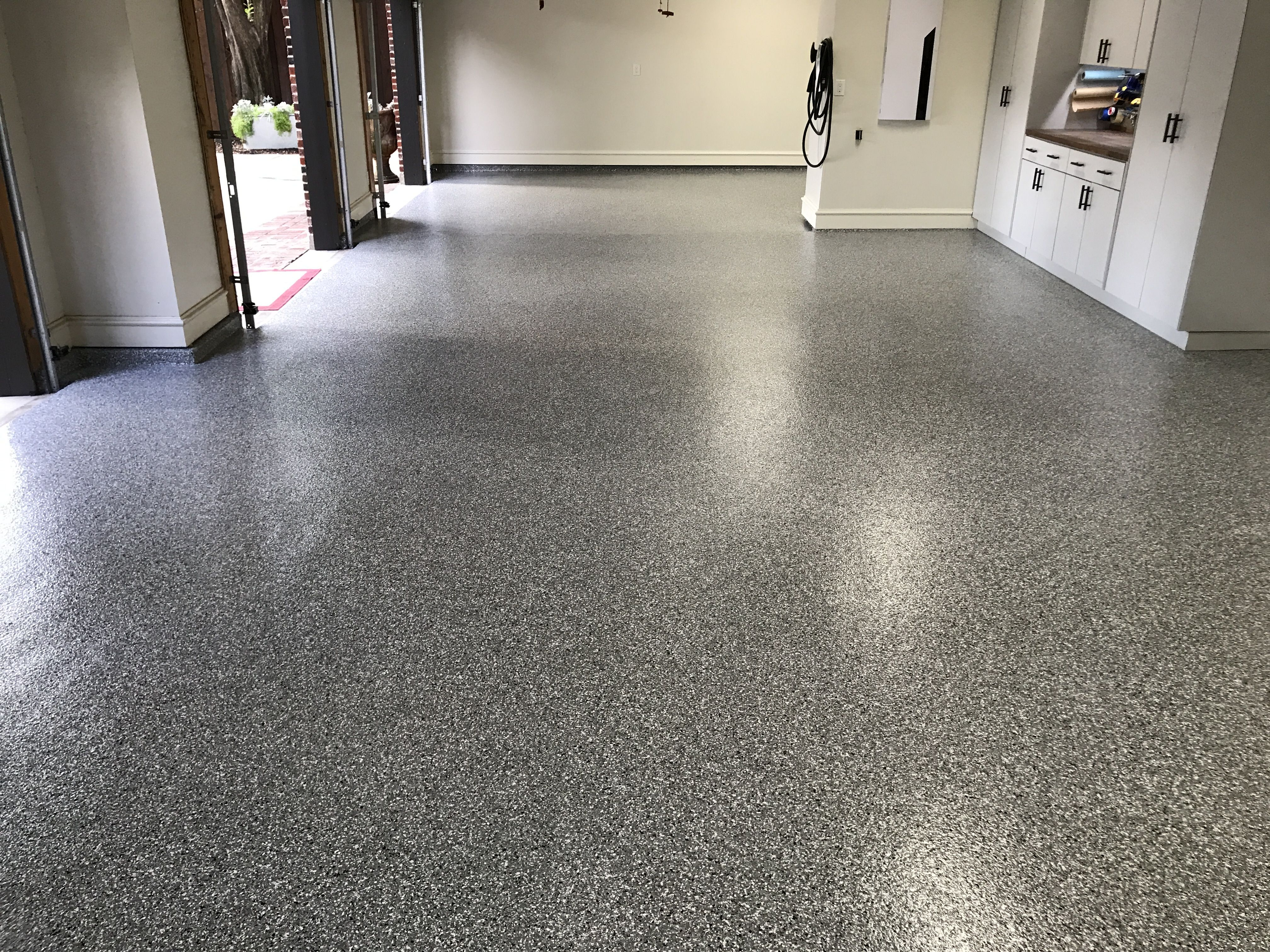 Classic Full Flake Garage Floor System In Silver Spring