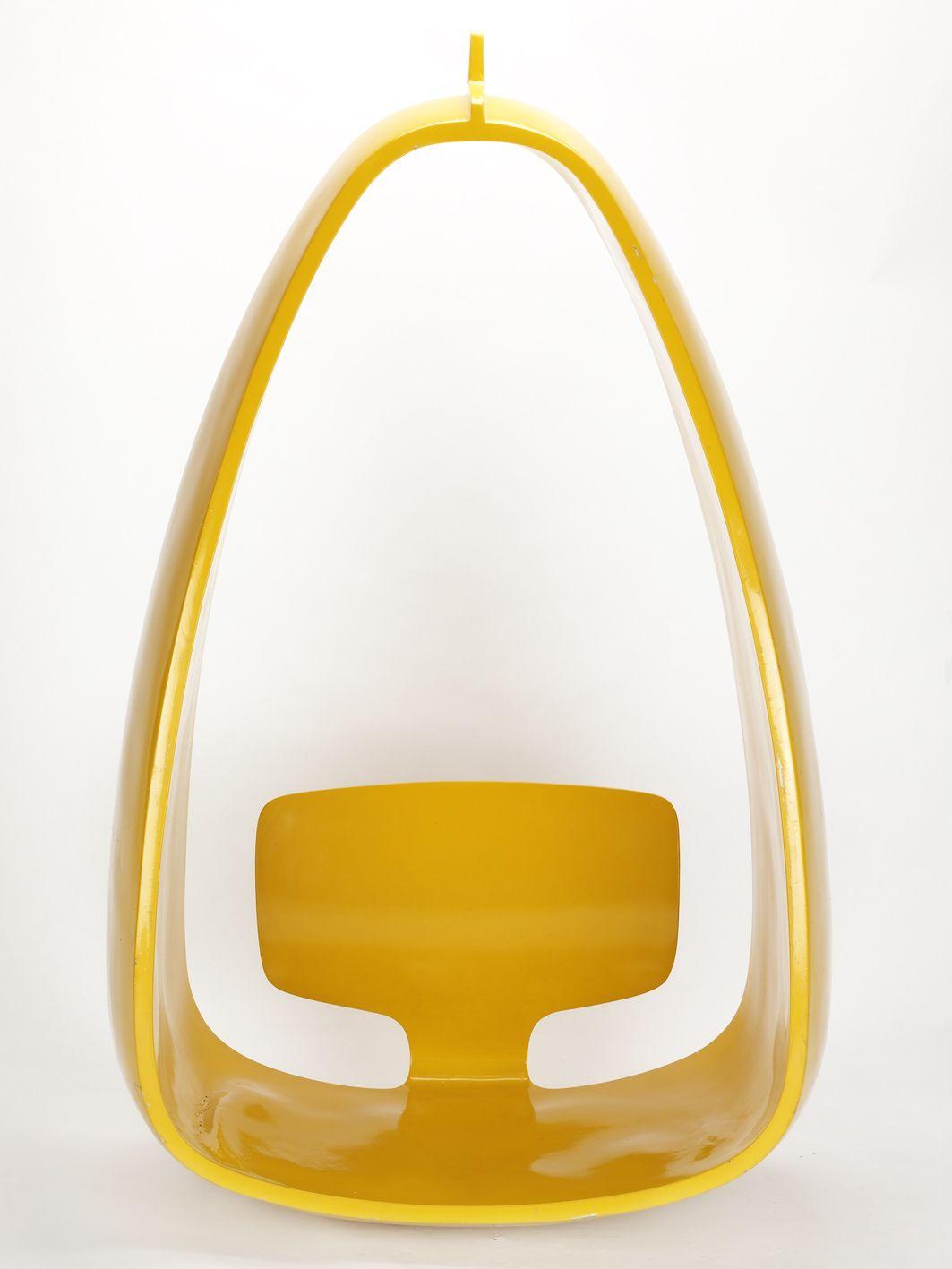 Hängesitz yellow mod chair retro moulded furniture
