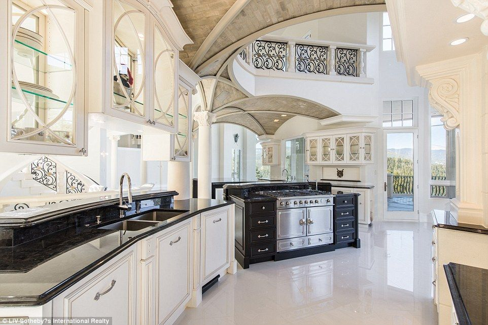 Massive Unfinished Castle In Colorado Hits The Market For 17 5million Luxury Kitchens Mansions Luxury Kitchens Luxury Kitchen Design