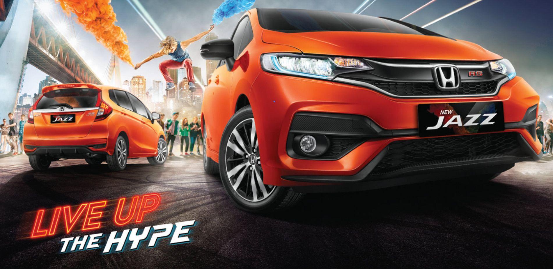 Temukan Sensasi Berkendara Yang Berbeda Dengan Mobil Keren Yang Selalu Menjadi Trendsetter Live Up The Hype With New Honda Honda Mobil Keren Transmisi Manual