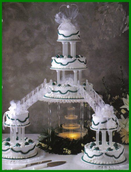 Big Wedding Cakes With Fountains Blue Wedding Cakes