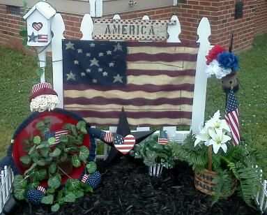 Pin By Blessed Wife Mom Nana On My Decorated Fences Holiday Decor Holiday Wreaths July Crafts