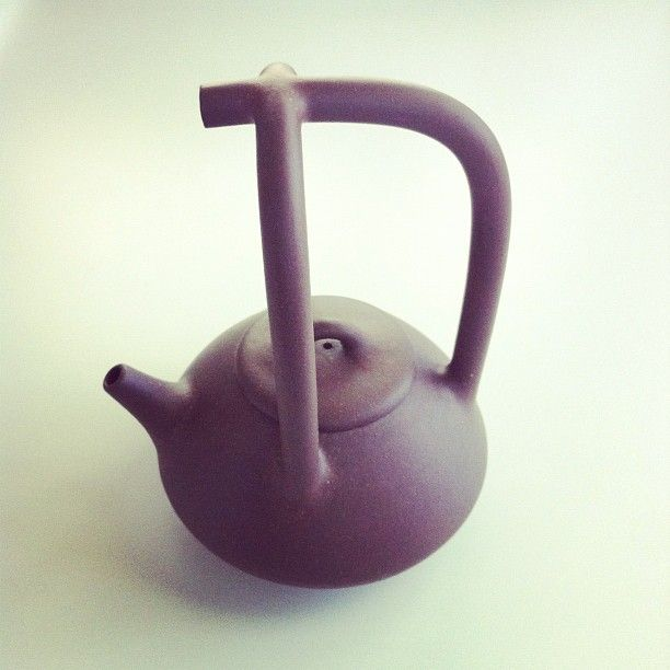 My Dad Brought Me This Gorgeous Mid Century Chinese Teapot // Photo By Tsang