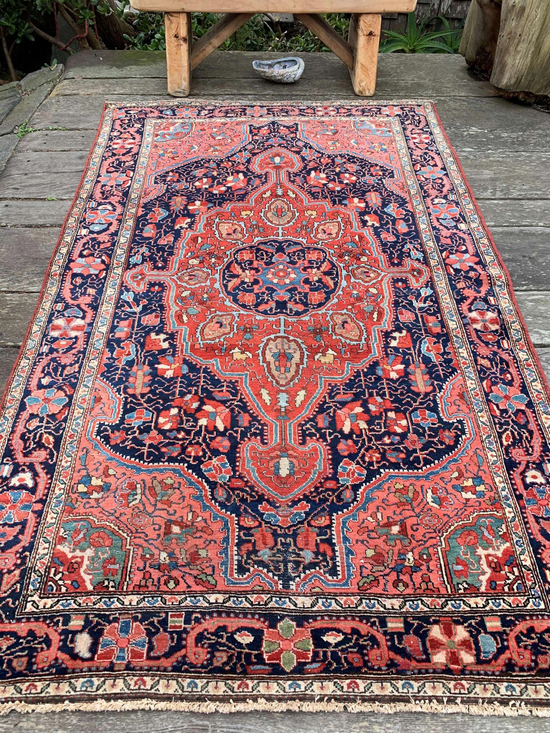 Pin By Persa Kyrtopoulou On Decoration Rugs Carpets In 2020 Buying Carpet Rugs On Carpet Hallway Carpet Runners