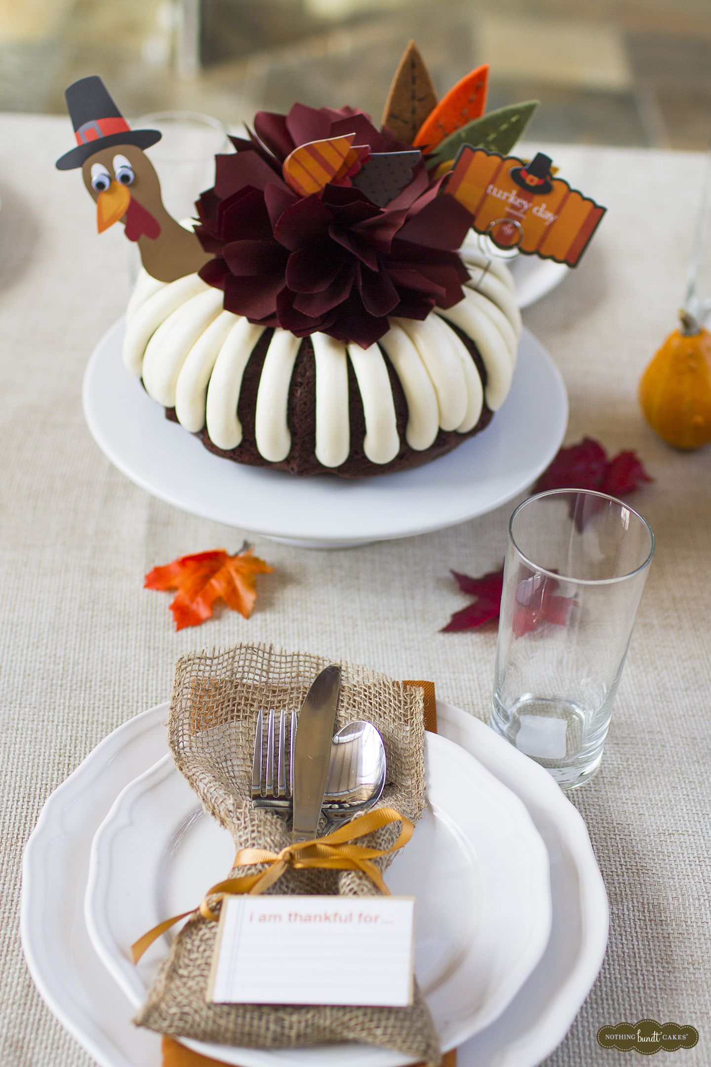 A Turkey Day Bundt Cake Is Perfect For Thanksgiving With