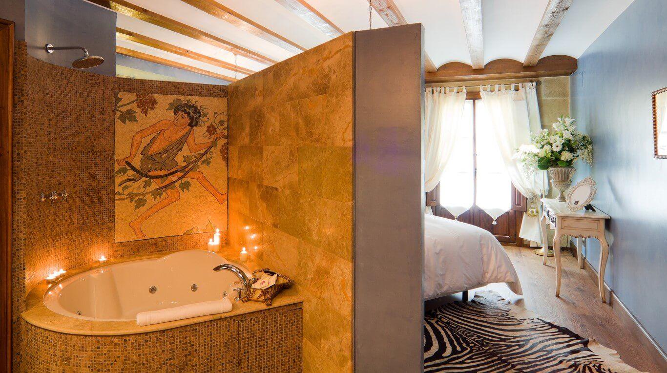 Hoteles con jacuzzi en la habitacion avila hospederia los parajes interior marca espa a - Jacuzzi para interior ...