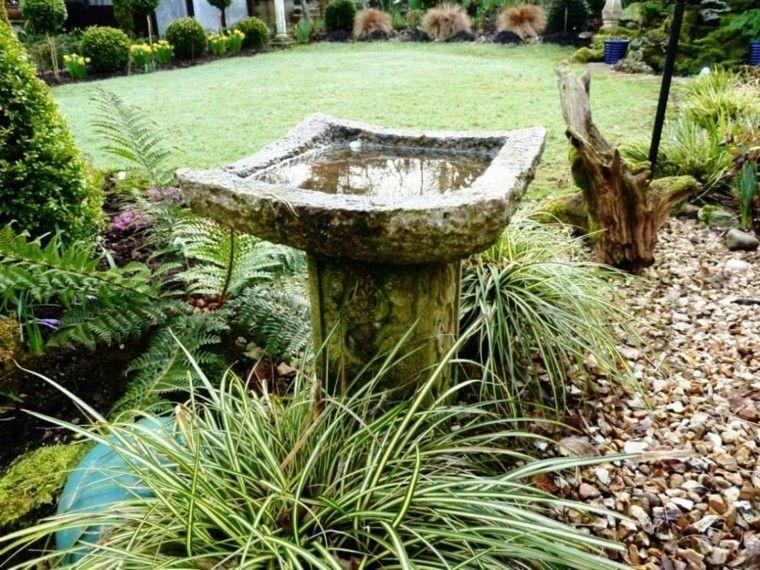 fuente piedra aspecto viejo plantas Jardín Pinterest Fuentes