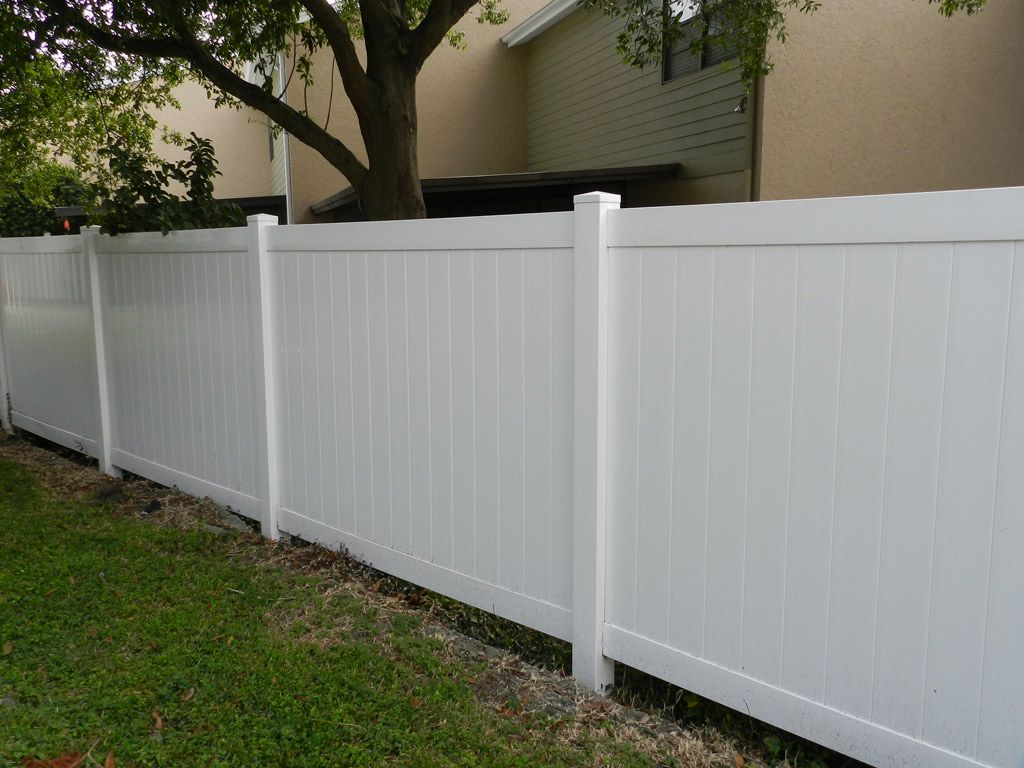 Vinyl Fence For Sale In Canada Vinyl Fence Pvc Fence Fencing Material