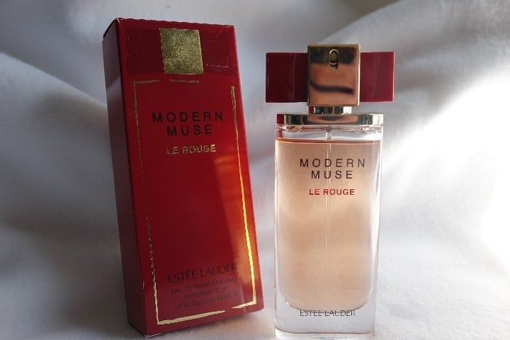 Estee Lauder Modern Muse Le Rouge 1 7oz With Scented Lotion Newly Purchased At Vonmar In The Spring Ge Estee Lauder Modern Muse Scented Lotion Modern Muse
