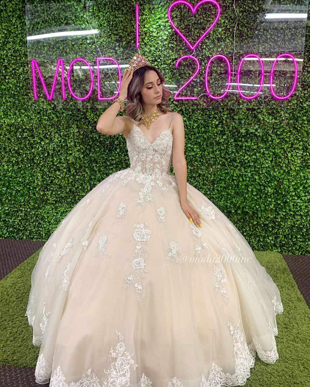 Moda 2000 On Instagram Comment If This Is Your Dream Dress Want To Book An Appointm Quince Dresses Quinceanera Dresses Pink Champagne Quinceanera Dresses [ 1350 x 1080 Pixel ]