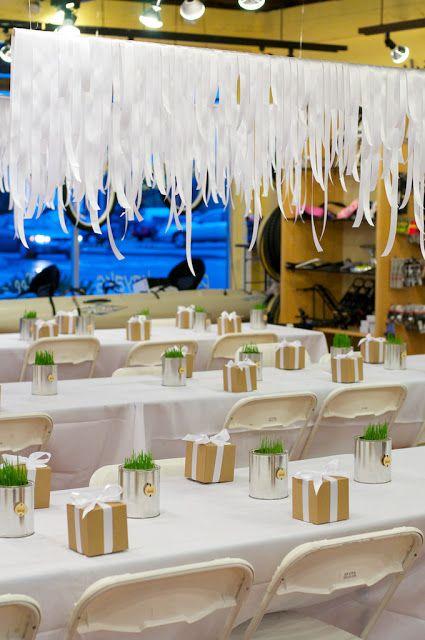 Idea para una decoración original: cascadas de cintas! / Original decoration idea: ribbon cascades!