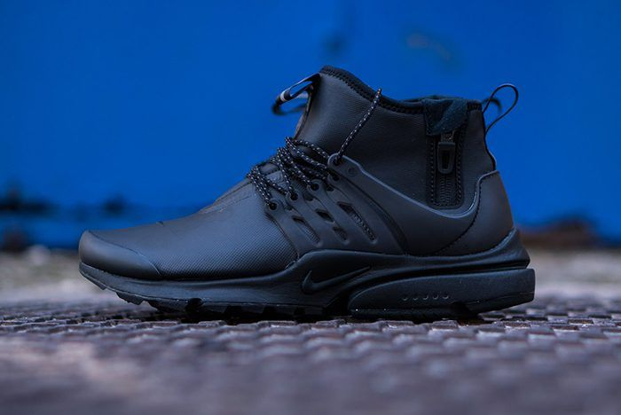 Nike Air Presto Mid Utility (Triple Black)