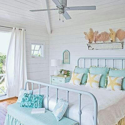 Beach Bedroom Maybe An Accent Wall With White Wood Slats Coastal Style Bedroom Beach Themed Bedroom Beachy Bedroom