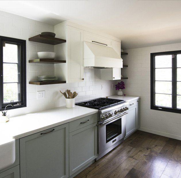 Best 11 Kitchen Paint Colors Designers Swear By Popular 400 x 300