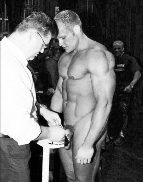 Vintage Nude Bodybuilder  Cumm Uk  Timeless Male -6205