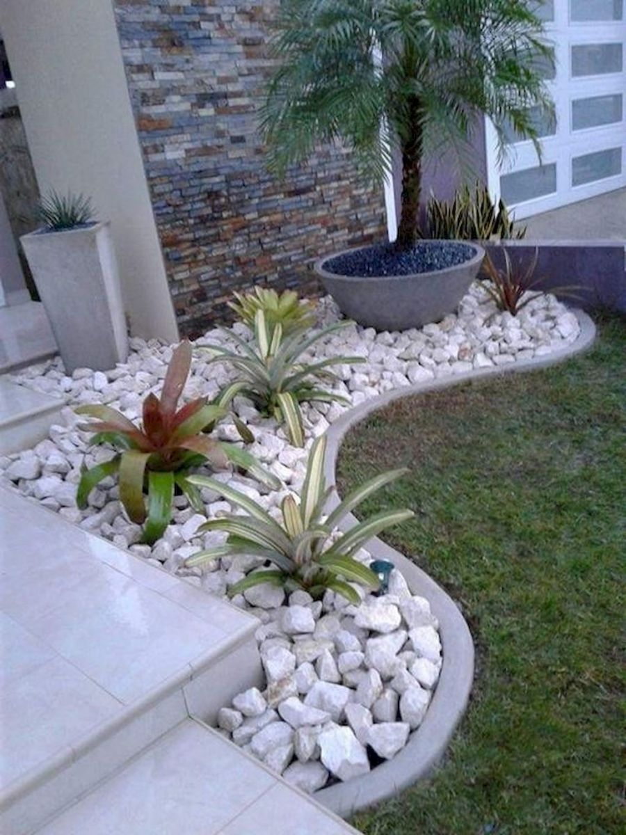 04 Affordable Rock Garden Landscaping Ideas In 2020 Small Front