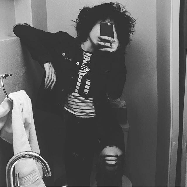 Kehlani selfies