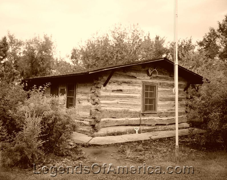 Maltese CrossRanch Cabin.The Maltese Cross Ranch cabin