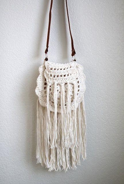Katia Ribeiro Moda   Decoração Handmade  Bolsa em Crochê Estilo