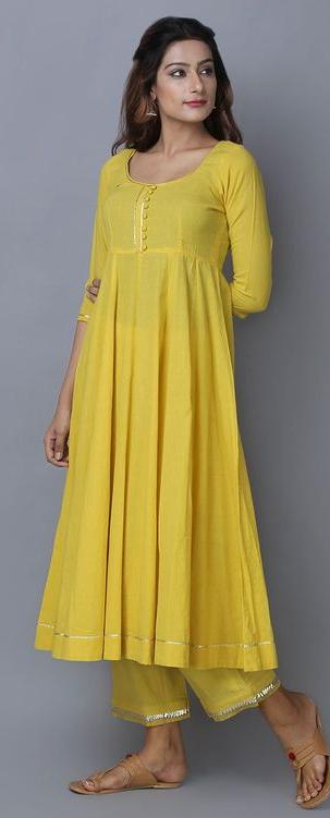elegantes, gelbes O-Neck Kleid aus Baumwollmischung mit langen Ärmeln und großem Saum   – women warm long sleeeve fall clothes