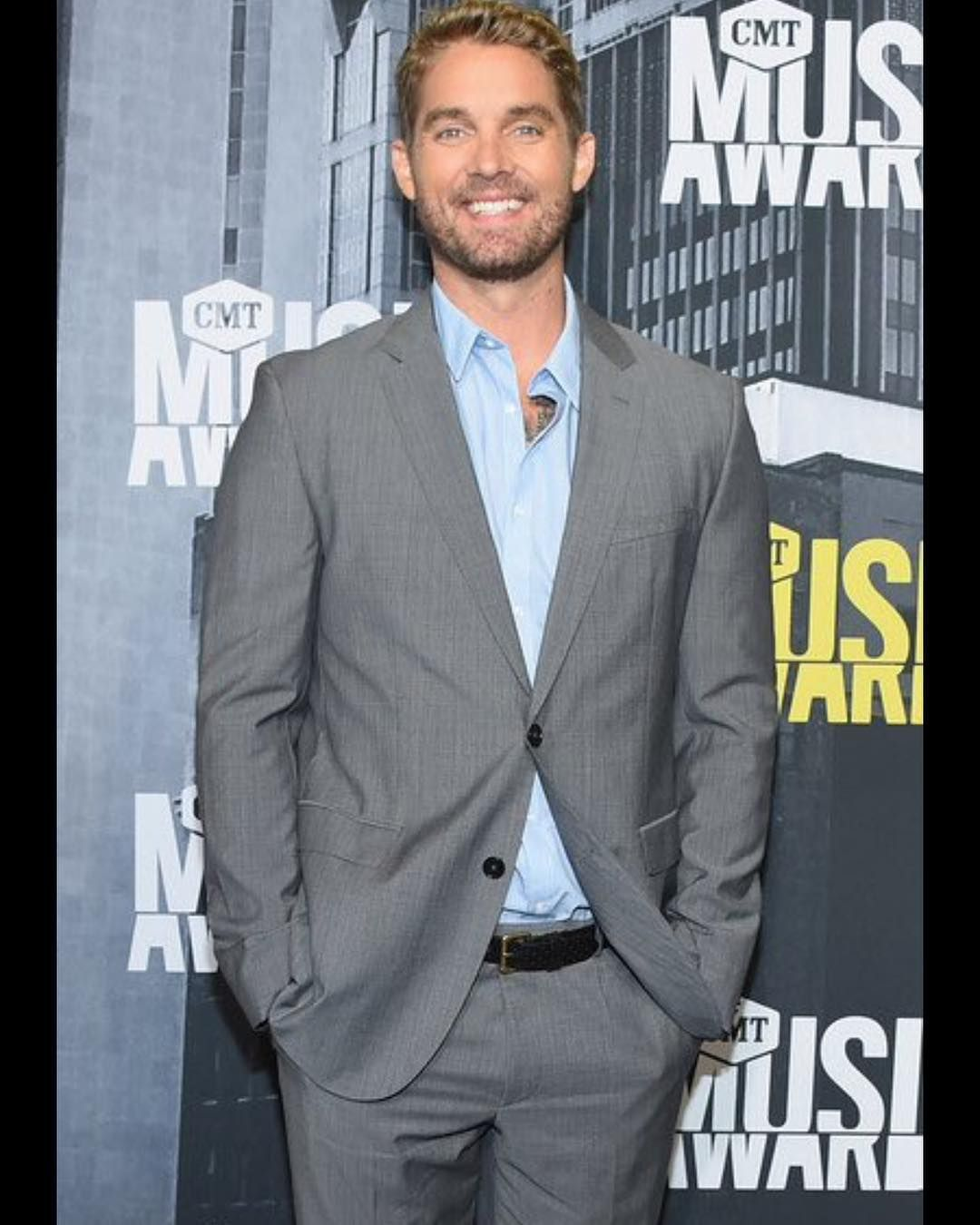 121 likes 5 comments here to support brett young