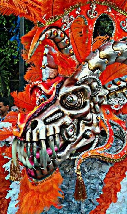 Impresionante traje de Carnaval