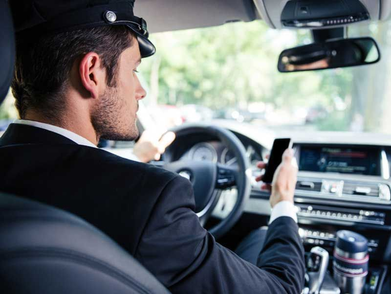 By choosing airport car service London of, Airport Cars ...