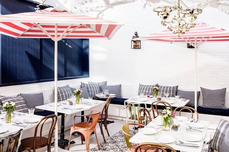 Jessica Biel Opened The Kid Friendly Eatery In Los Angeles In March 2016 Kid Room Decor Kid Friendly Restaurants Decor