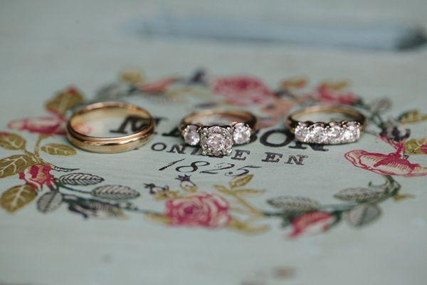 three-stone rings | Leslie Hollingsworth #wedding