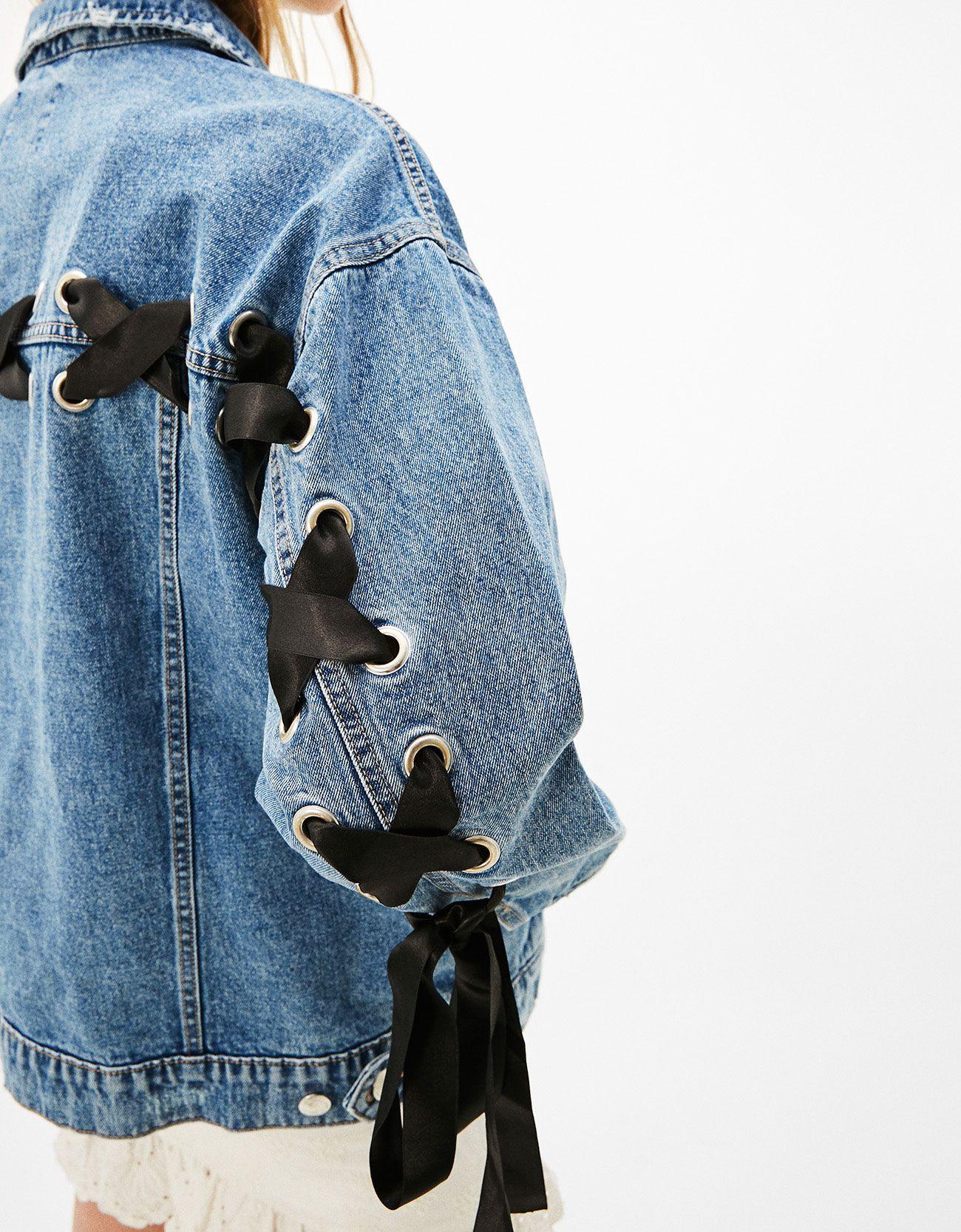 bershka jeans jacke damen modische jacken dieser saison. Black Bedroom Furniture Sets. Home Design Ideas