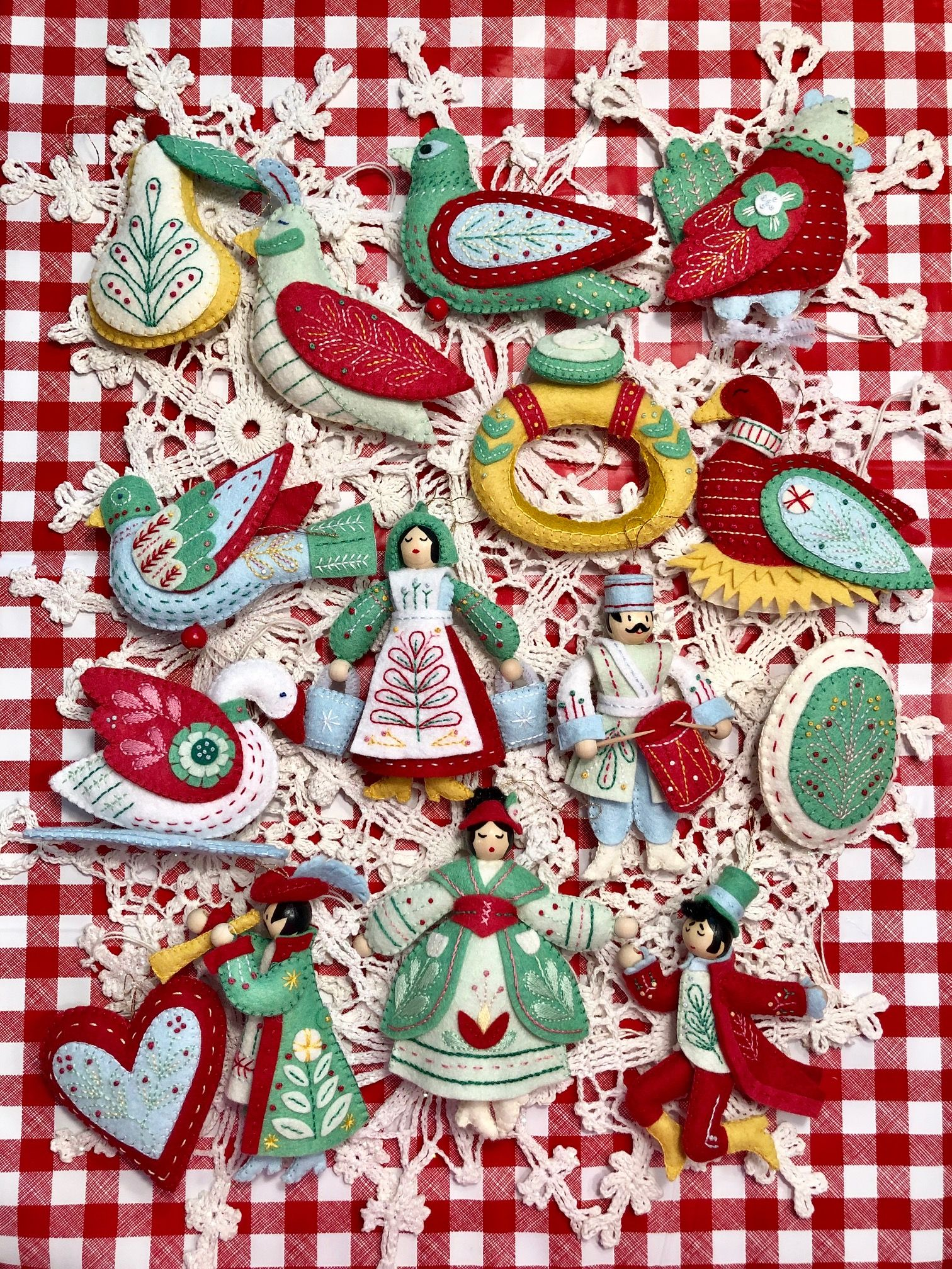 12 Days Of Christmas Ornaments Christmas Crafts Sewing Christmas Card Crafts Felt Christmas Ornaments
