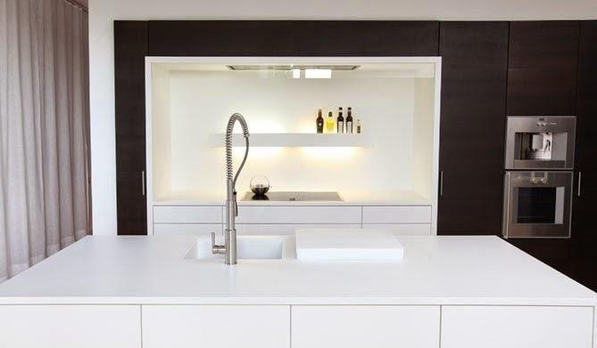 Colores y materiales que fijan los límites de la cocina y el salón - Paperblog
