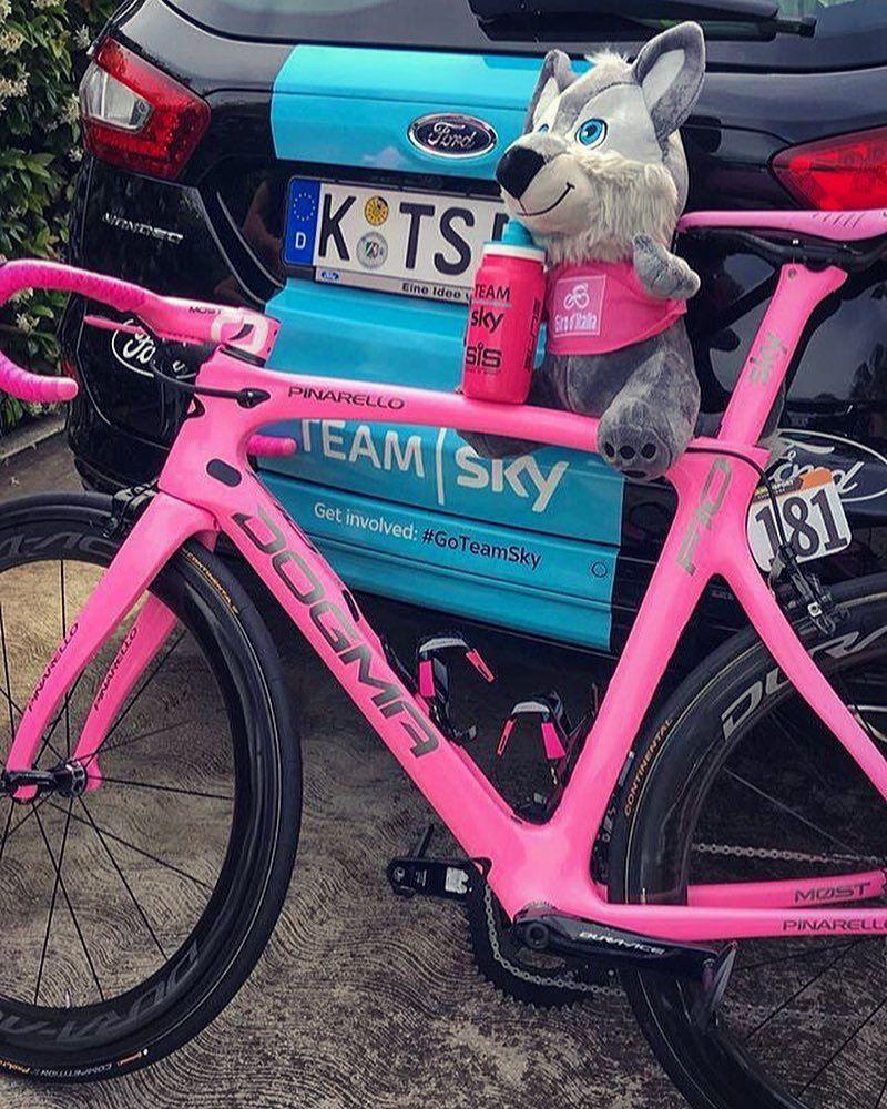 Chris Froome Pink Pinarello Giro 2018 Specialized Mountain